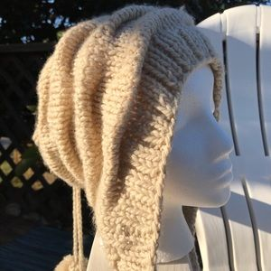 Accessories - Knit slouchy hat